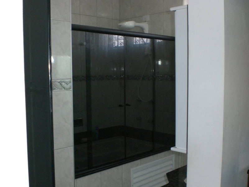 Box Banheira  Box Rei  Box para banheira kit preto  vidro fume -> Pia De Banheiro De Vidro Fume